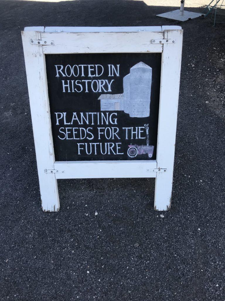 Los Poblanos slogan