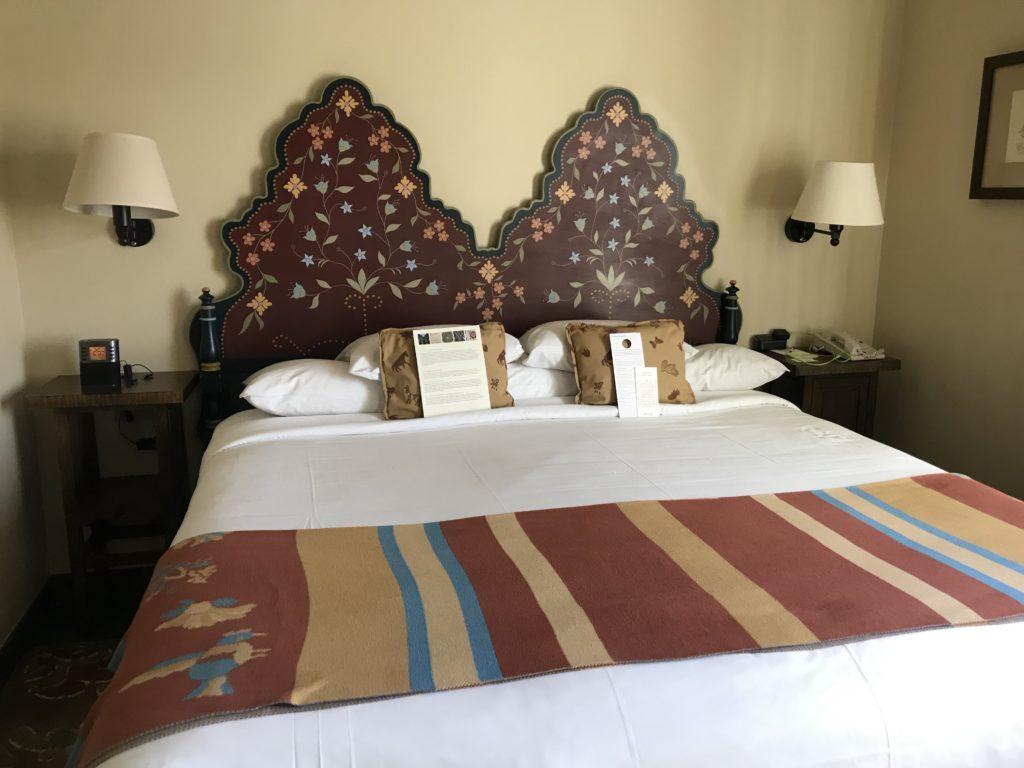 La Fonda Bed