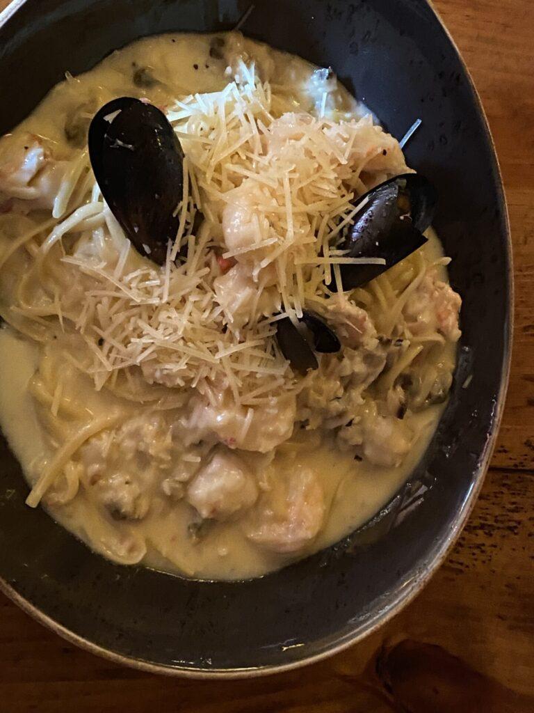 Harwood House Seafood Linguini: Frutti di Mare